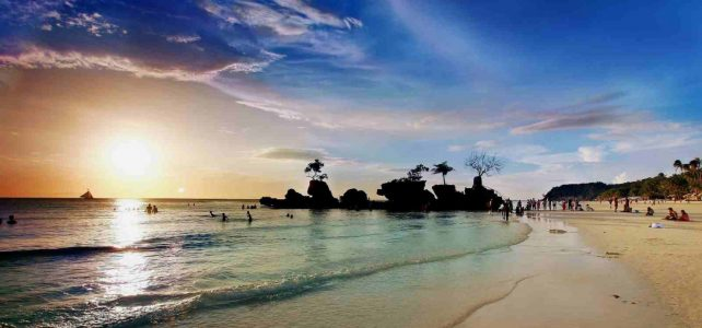 Duterte orders Boracay closure for next six months