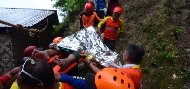 Landslide buries houses in Naga, 4 Dead